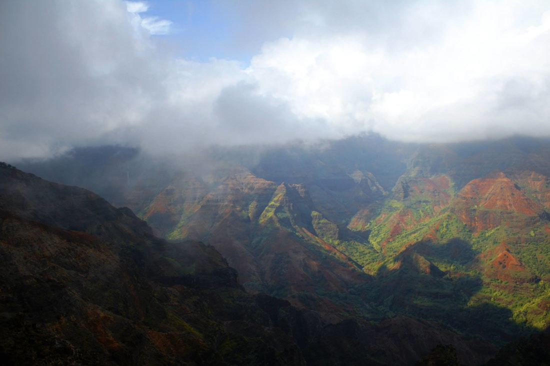 waimea-canyon-clouds