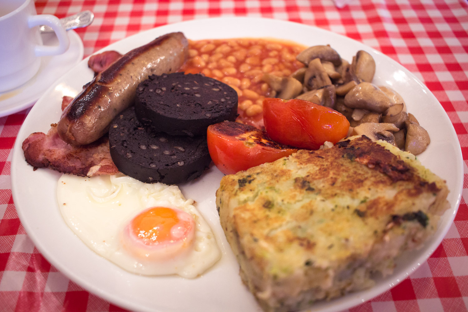 English Breakfast with blood sausage in London